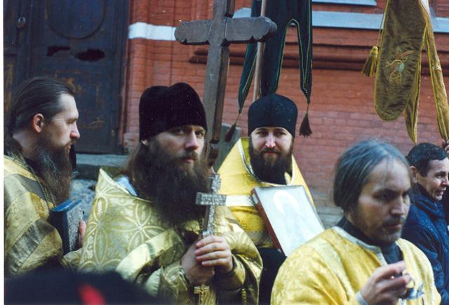 Крестный ход на праздник святителя Филарета Московского, 1996 год