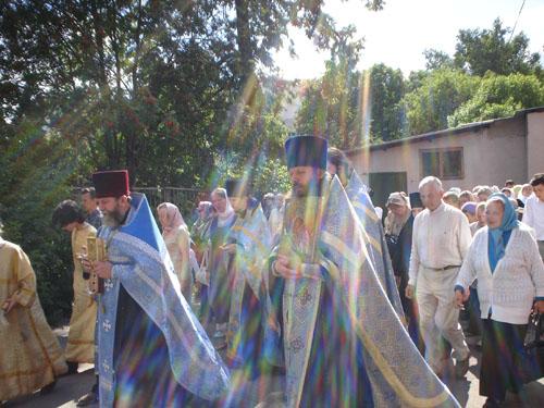 Крестный ход на праздник Казанской иконы Пресвятой Богородицы