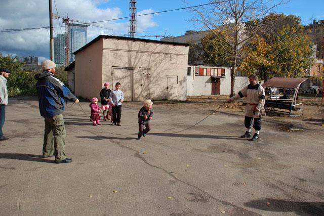 Воскресная школа. Игры на прихрамовой территории